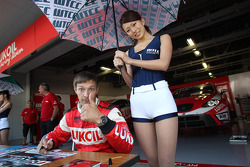 Alexey Dudukalo, SEAT Leon WTCC, Lukoil Racing Team and a Grid girl