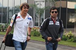Esteban Gutiérrez, tercer piloto de Sauber, reemplazando a Sergio Pérez, Sauber en la primera sesió