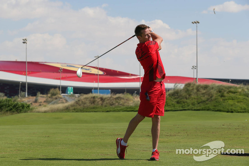 James Courtney golft
