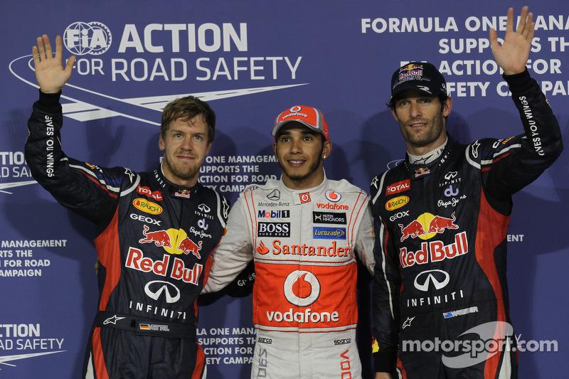 Ganador de la pole Lewis Hamilton, McLaren Mercedes, segundo puesto Mark Webber, Red Bull Racing y el tercero Sebastian Vettel, Red Bull Racing