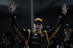 1st place Kimi Raikkonen, Lotus Renault F1 Team