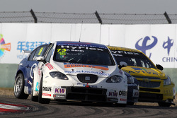 Fredy Barth, SEAT Leon WTCC, SUNRED Engineering, Alberto Cerqui, BMW 320 TC, ROAL Motorsport and Colin Turkington, Chevrolet Cruze 1.6T,  TEAM AVIVA-COFCO