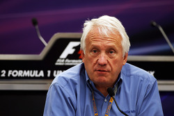 Charlie Whiting, FIA Delegate in persconferentie