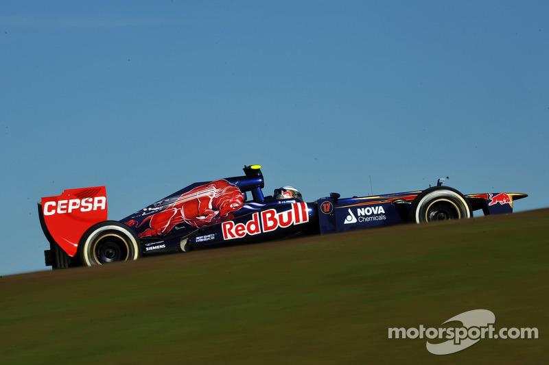 2012: Toro Rosso STR7 Ferrari (четыре восьмых места, 9-е место в КК)