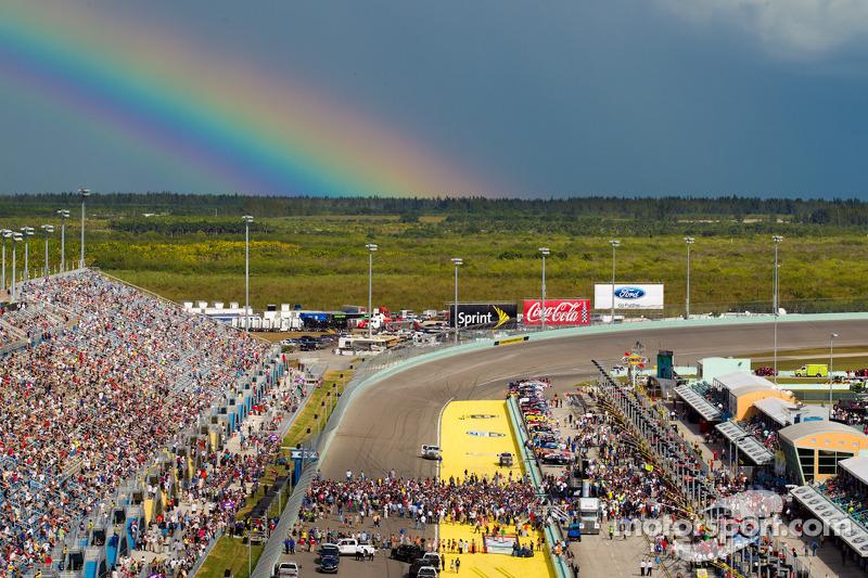 A spectacular rainbow during pre-race ceremony
