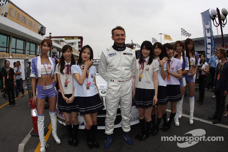 Kei Cozzolino, BMW 320 TC, ROAL Motorsporten meisjes