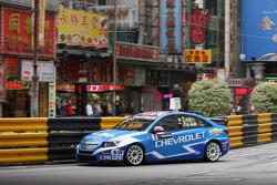Robert Huff, Chevrolet Cruze