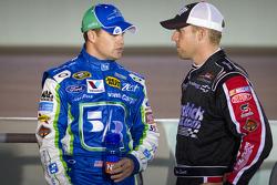 Ricky Stenhouse Jr., Roush Fenway Racing Ford and Regan Smith, Phoenix Racing Chevrolet