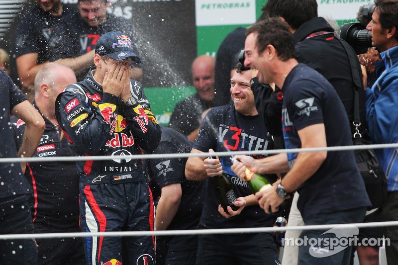 Sebastian Vettel, Red Bull Racing, celebra el campeonato del mundo 2012