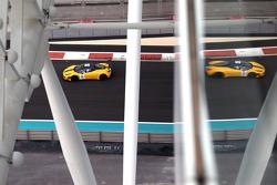 #12 Kessel Chicco d'oro Ferrari 458 Italia: Kola Aluko, Thomas Kemenater, Nicola Cadei