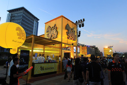 Singha stand