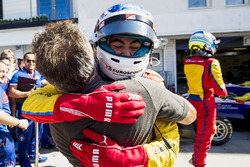 Winner Giuliano Alesi, Trident, with father, Jean Alesi
