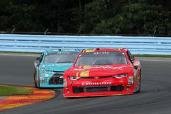 Justin Allgaier, JR Motorsports Chevrolet and Erik Jones, Joe Gibbs Racing Toyota