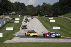 #66 Chip Ganassi Racing Ford GT: Dirk Müller, Joey Hand, #3 Corvette Racing Chevrolet Corvette C7.R: Antonio Garcia, Jan Magnussen