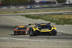 #9 K-Pax Racing McLaren 650S GT3: Alvaro Parente, Ben Barnicoat