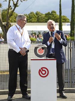 Ross Brawn, manager sportif, FOM, Alberto Bombassei, président de Brembo