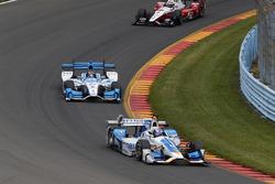 Scott Dixon, Chip Ganassi Racing Honda, Marco Andretti, Andretti Autosport Honda