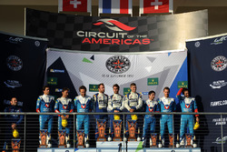 LMP2 podio: ganadores Andre Negrao, Gustavo Menezes, Nicolas Lapierre, Signatech Alpine, segundo Mathias Beche, David Heinemeier Hansson, Nelson Piquet Jr., Vaillante Rebellion Racing, tercero Julien Canal, Bruno Senna, Nicolas Prost, Vaillante Re