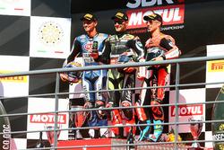 Podio: il vincitore della gara Jonathan Rea, Kawasaki Racing, il secondo classificato Michael van der Mark, Pata Yamaha, il terzo classificato Marco Melandri, Ducati Team