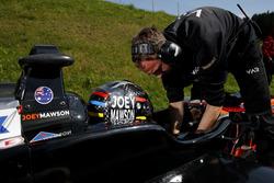 Джозеф Моусон, Van Amersfoort Racing, Dallara F317 - Mercedes-Benz