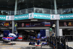 Le nom de Daniil Kvyat est retiré du garage Toro Rosso