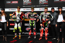 Superpole: polesitter Jonathan Rea, Kawasaki Racing, second place Leandro Mercado, IodaRacing Team, third place Tom Sykes, Kawasaki Racing