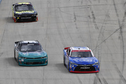 Matt Tifft, Joe Gibbs Racing Toyota, Brandon Brown, King Autosport Chevrolet, Ryan Sieg, RSS Racing Chevrolet