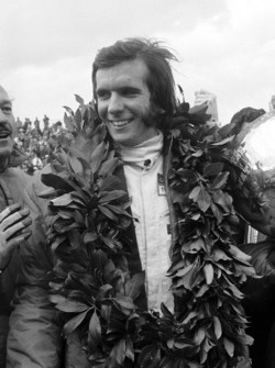 Yarış galibi Emerson Fittipaldi, Team Lotus, Colin Chapman