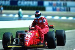 Герхард Бергер, Ferrari 412 T2, Міка Хаккінен, McLaren