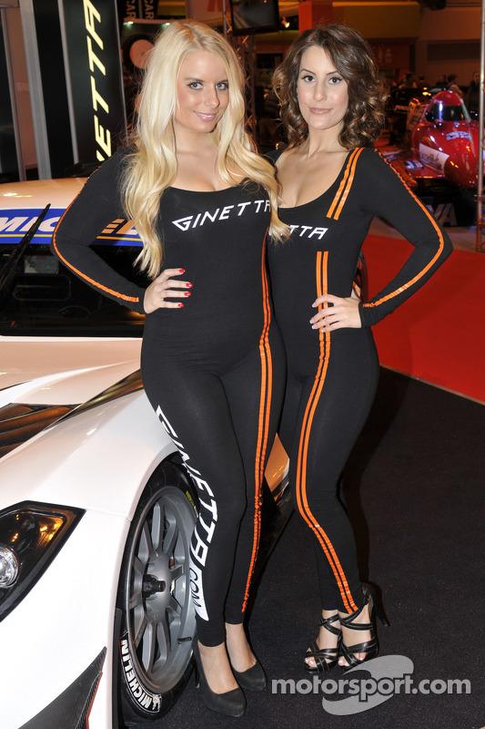 Garotas promocionais da Ginetta