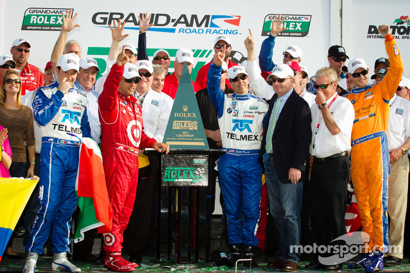 DP victory lane: class and overall winners Charlie Kimball, Juan Pablo Montoya, Scott Pruett, Memo Rojas celebrate