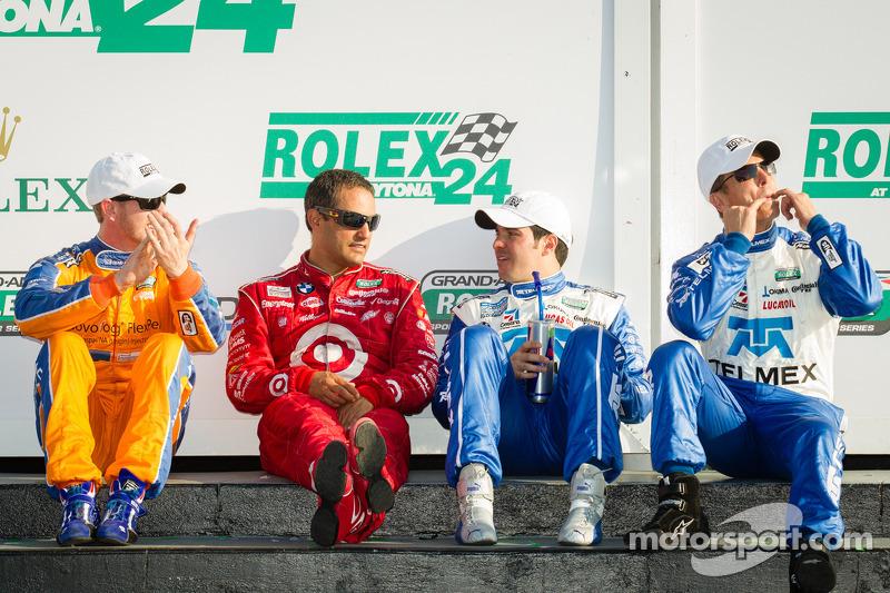 DP victory lane: overall-winnaars Charlie Kimball, Juan Pablo Montoy, Memo Rojas en Scott Pruett