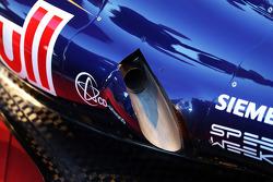 Scuderia Toro Rosso STR8: Auspuff