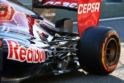 Daniel Ricciardo, Scuderia Toro Rosso, detalhe da suspensão traseira