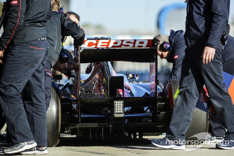 Daniel Ricciardo, Scuderia Toro Rosso STR8 diffuser