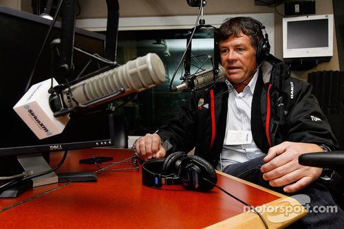 Michael Waltrip en visite dans les studios de Fox News