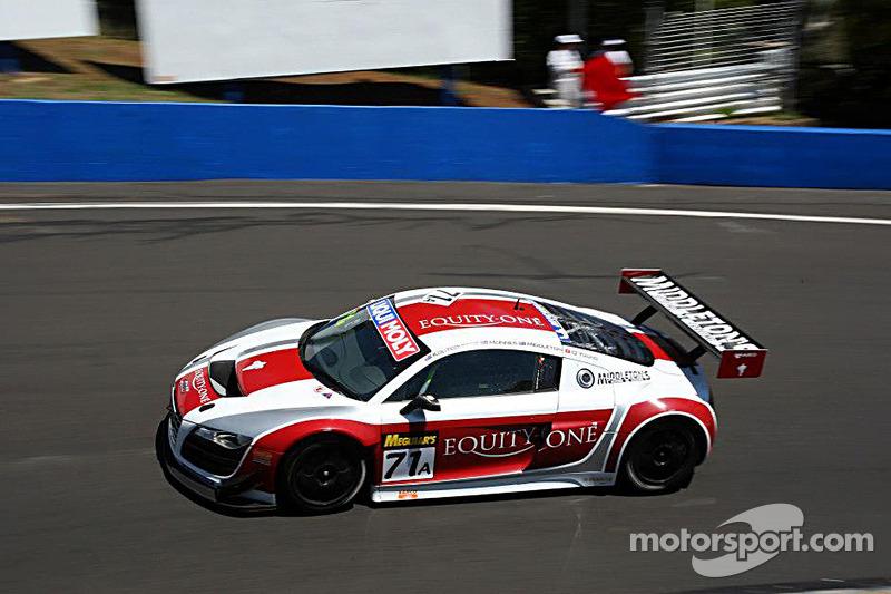 #71 Audi R8 LMS: Dean Koutsoumidis, Andrew McInnes, Simon Middleton, Darryl O'Young