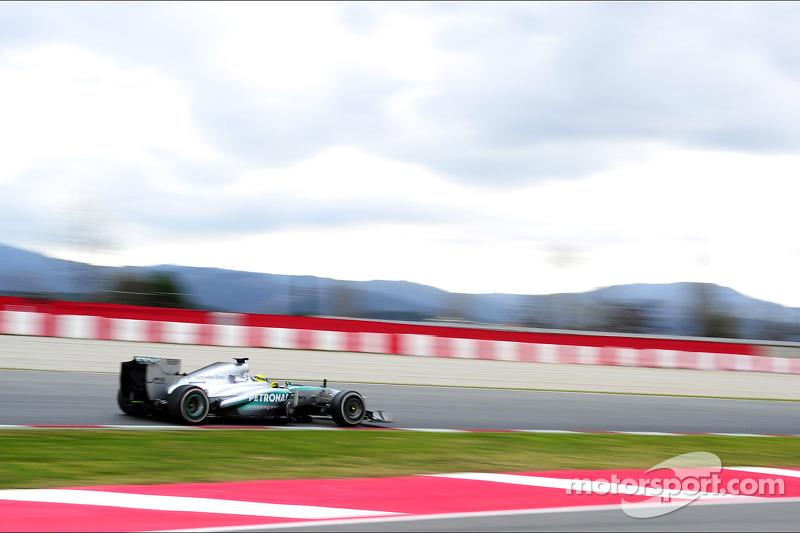 Mercedes lideró la pretemporada 2013