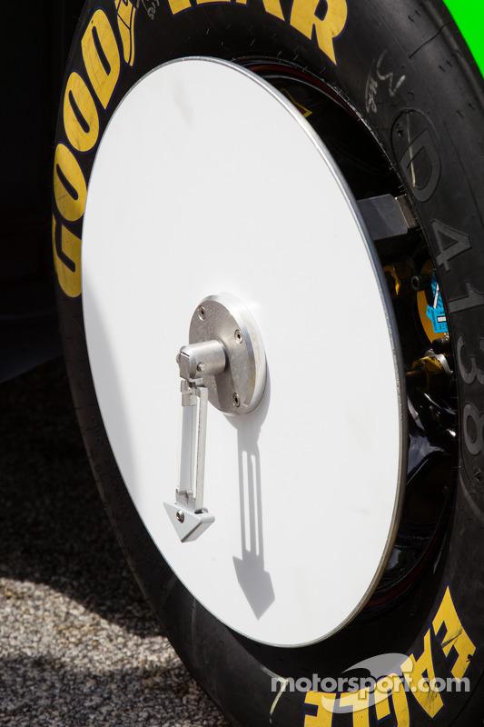 Roda do carro de Danica Patrick, Stewart-Haas Racing Chevrolet