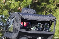 Un camarógrafo con una cámara de tele 3D
