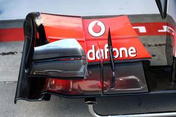 McLaren MP4-28 front wing detail