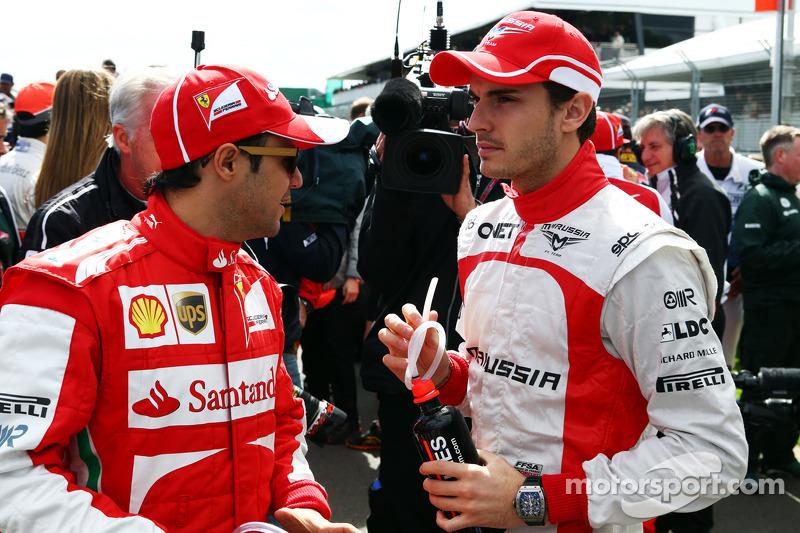 (L naar R): Felipe Massa, Ferrari en Jules Bianchi, Marussia F1 Team bij de rijdersparade