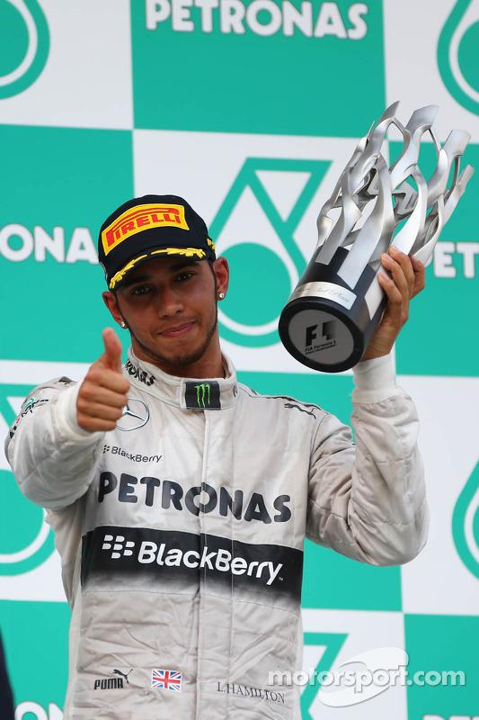 pódio: terceiro colocado Lewis Hamilton, Mercedes AMG F1