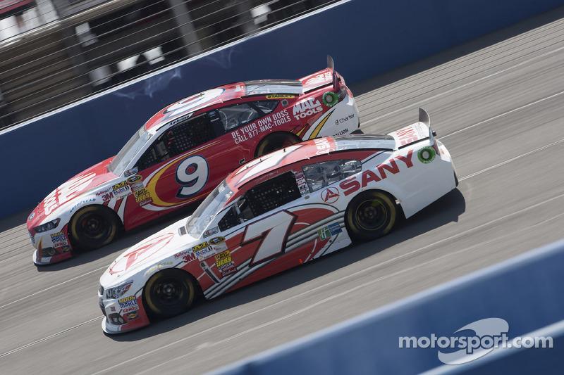 Dave Blaney, Chevrolet en Marcos Ambrose, Ford