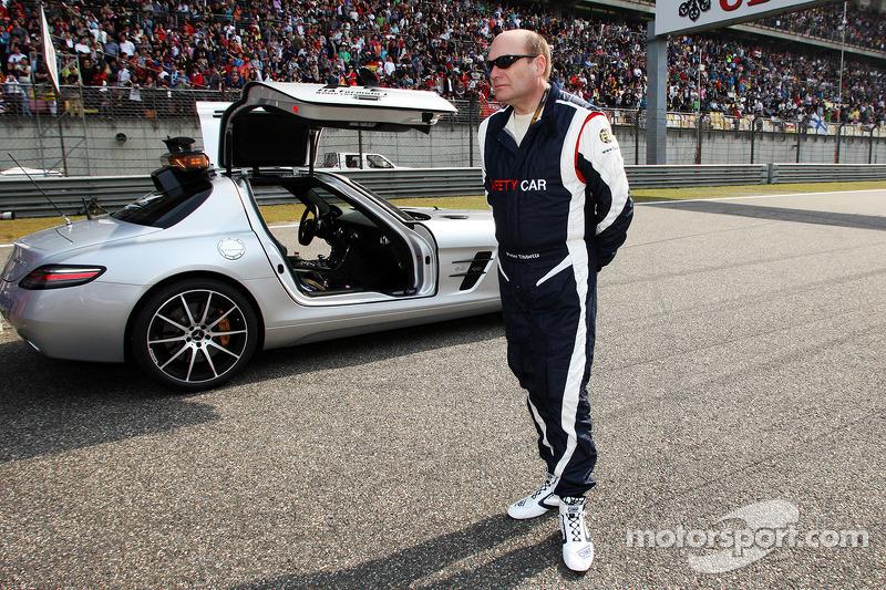 Peter Tibbetts e o Safety Car FIA