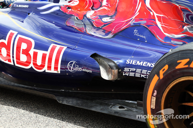 Daniel Ricciardo, Scuderia Toro Rosso STR8 uitlaat detail