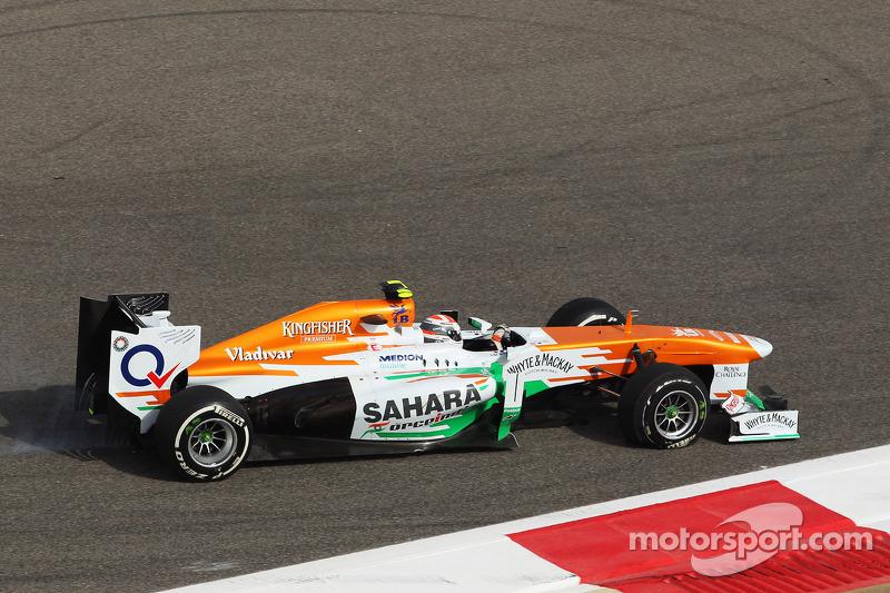 f1-bahrain-gp-2013-adrian-sutil-sahara-f
