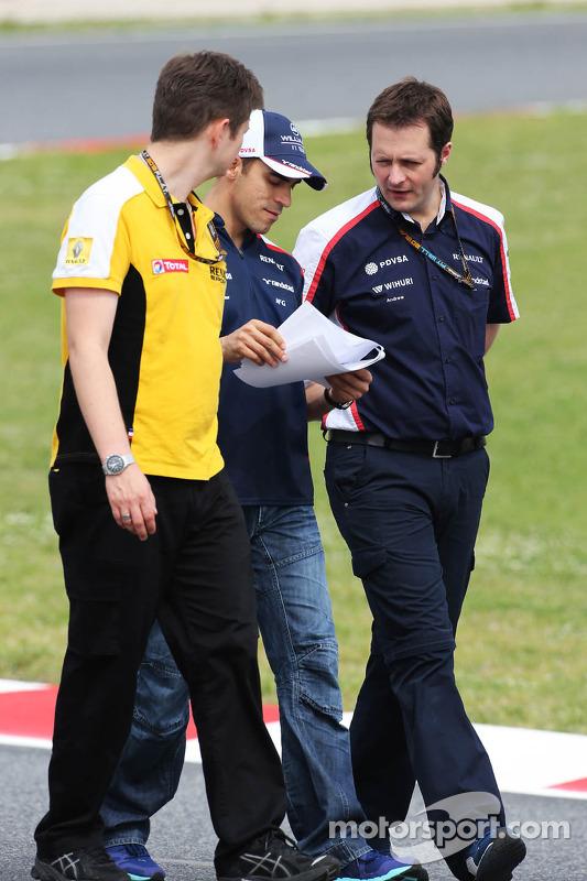Pastor Maldonado, Williams caminha no circuito