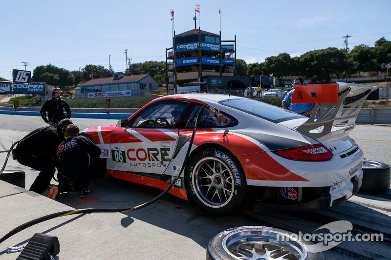 Core autosport in de pits