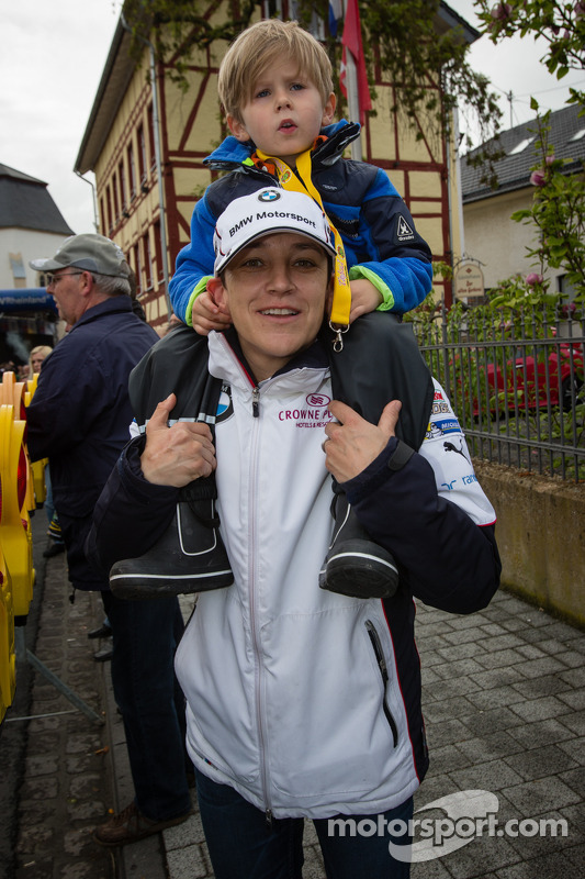 Claudia Hürtgen com seu filho